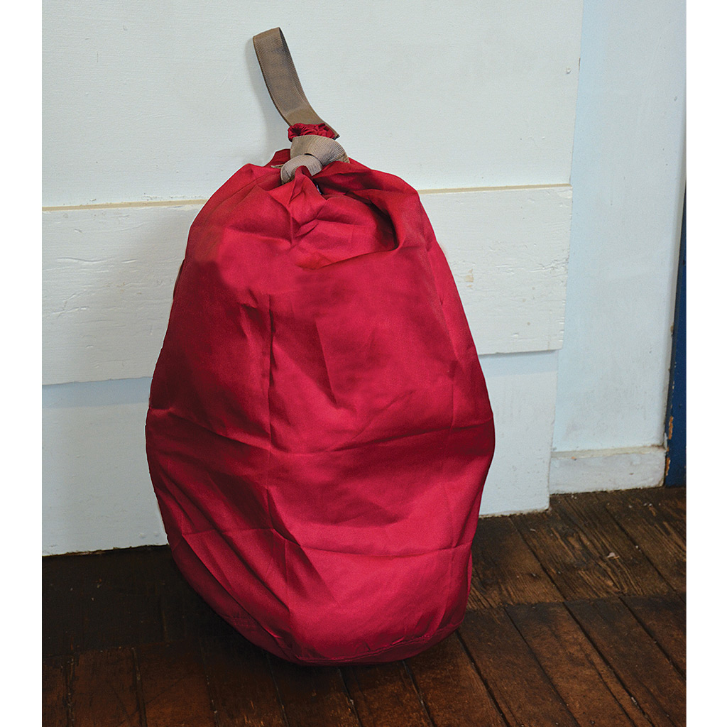 Laundry Kit Bag Style With Webbing Closure